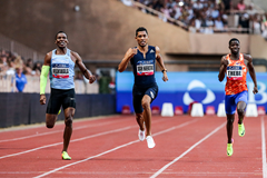 Wayde van Niekerk wins the 400m at the IAAF Diamond League meeting in Monaco (Philippe Fitte)