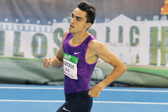 Adam Kszczot on his way to winning the 800m at the Indoor Meeting Karlsruhe (Jean-Pierre Durand)
