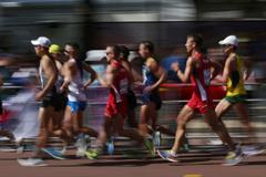 Athletes compete in the men's 20km race walk at the IAAF World Championship London 2017 (AFP/Getty Images)