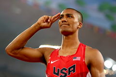 Ashton Eaton in the decathlon at the IAAF World Championships, Beijing 2015 (Getty Images)