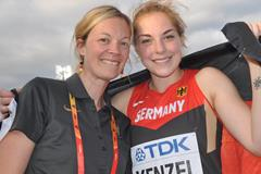 Silke Bernhard celebrating with world U20 shot put champion Alina Kenzel in Bydgoszcz (Olaf Brockmann)