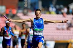 Edoardo Scotti anchors Italy to gold in the 4x400m at the IAAF World U20 Championships Tampere 2018 (Getty Images)