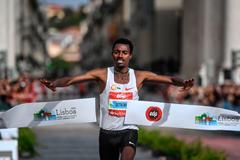 Limenih Getachew wins the Lisbon Marathon (AFP / Getty Images)