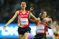 Conseslus Kipruto wins the steeplechase from Soufiane Elbakkali at the IAAF World Championships London 2017 (Getty Images)
