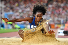 USA's Tianna Bartoletta in action in the long jump (AFP / Getty Images)