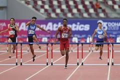 Abderrahman Samba en route to a 47.51 championship record in Doha (AFP/Getty Images)