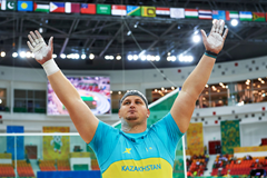 Ivan Ivanov celebrates his shot put gold at the Asian Indoor Games in Ashgabat (Organisers)