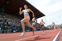 Jenny Simpson at the 2015 IAAF Diamond League meeting in Eugene (Kirby Lee)