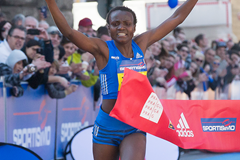 Joyciline Jepkosgei wins the Sportisimo Prague Half Marathon (AFP / Getty Images)