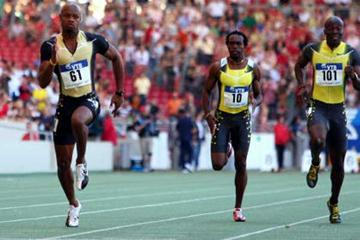 Asafa Powell on his way to 9.83 seconds win in Stuttgart - World Athletics Final 2007 (Getty Images)