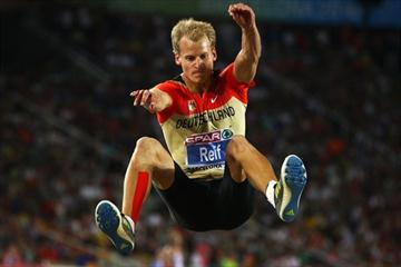 Christian Reif sails to a world-leading 8.47m in Barcelona (/ Bongarts)