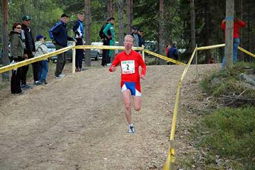 Annemari Sandell-Hyvärinen in the 6km race at the 2006 Finnish Cross Country (A-P Sonninen)
