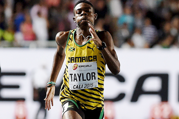 Christopher Taylor on his way to winning the 400m at the IAAF World Youth Championships, Cali 2015 (Getty Images)