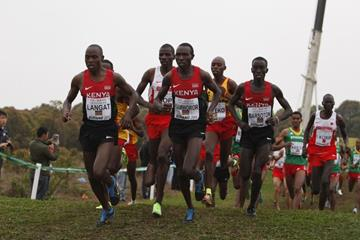 Phillip Langat, Geoffrey Kamworor and Leonard Barsoton in the senior men's race at the IAAF World Cross Country Championships, Guiyang 2015 (Getty Images)
