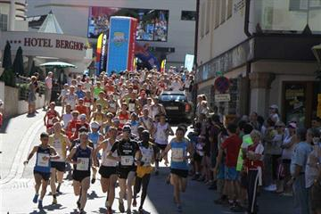 Start of the 2010 Mayrhofen Mountain Running race (Organisers)
