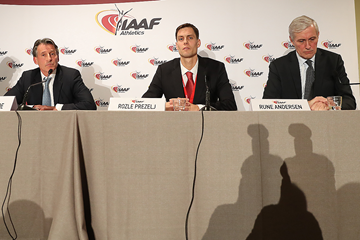 IAAF President Sebastian Coe, IAAF Athletes Commission chair Rozle Prezelj and Rune Andersen, the independent chairperson of the IAAF Taskforce, at the press conference following the 207th IAAF Council Meeting in Monaco (Giancarlo Colombo / IAAF)