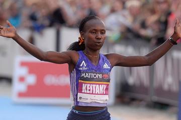 Mary Keitany wins the Olomouc Half Marathon (Mattoni Olomouc Half Marathon)