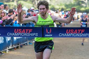 Garrett Heath wins the senior men's race at the USATF Club Cross Country National Championships (USATF / Michael Scott Photography)