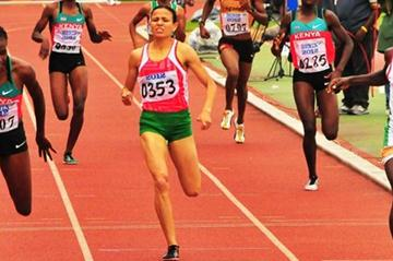 Francine Niyonsaba (r) winning the African 800m title in Porto-Novo (Norman Katende)