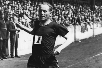 Finnish distance runner Paavo Nurmi (Getty Images)