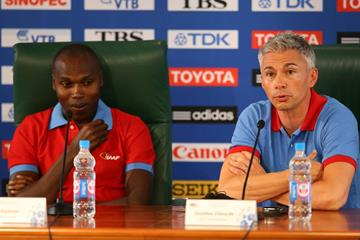 Wilson Kipketer and Jonathan Edwards at an IAAF Ambassadors press conference at Moscow 2013 (Getty Images)