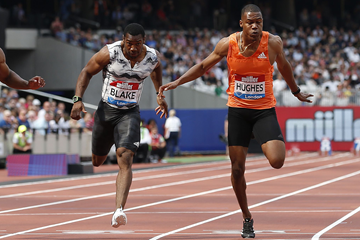 Yohan Blake and Zharnel Hughes in the 100m at the IAAF Diamond League meeting in London (AFP / Getty Images)