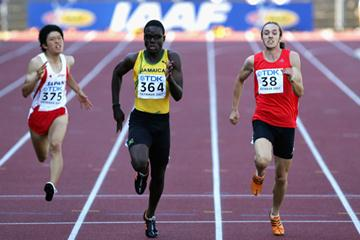 Ramone McKenzie of Jamaica on his way to gold in the 200m final (Getty Images)