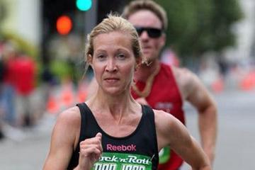 Blake Russell wins the 2010 San Jose Half Marathon (Victah Sailer)