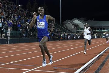 Mo Farah winning the10,000m at the 2016 IAAF Diamond League meeting in Eugene (Kirby Lee)