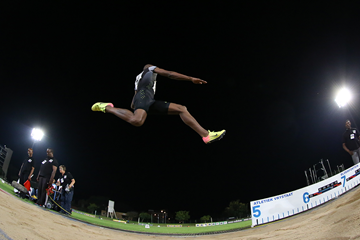 Luvo Manyonga wins the long jump in Bloemfontein (Roger Sedres)