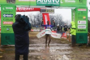 Muktar Edris wins at the Cinque Mulini (Organisers)