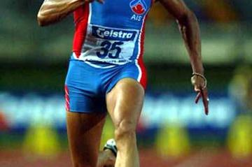 Patrick Johnson running at the 2003 Australian Championships (Getty Images)