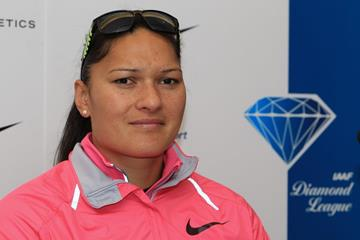 Valerie Adams ahead of the 2014 IAAF Diamond League meeting in Birmingham (Jean-Pierre Durand)