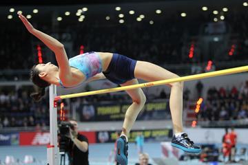 Mariya Lasitskene tops 2.00m in Torun (Jean Pierre Durand)