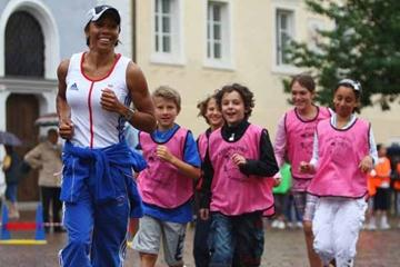 IAAF Ambassador Kelly Holmes during Kids' Athletics (Getty Images)