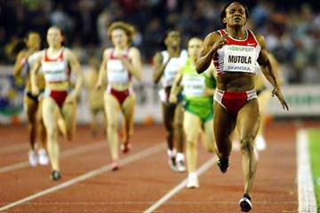 1:57.52 for Mutola in Ostrava (Getty Images)