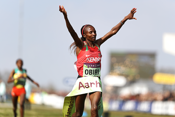 Hellen Obiri wins the senior women's race at the IAAF/Mikkeller World Cross Country Championships Aarhus 2019 (Getty Images)