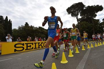 Marco de Luca leads the 50km at the IAAF World Race Walking Team Championships Rome 2016 (Getty Images)