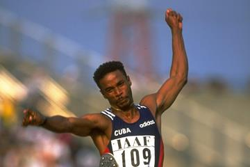 Ivan Pedoso at the 1997 IAAF Grand Prix final (Getty Images)