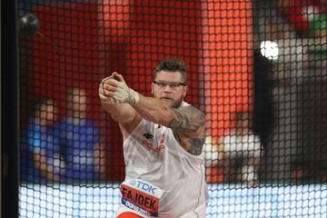 Pawel Fajdek spins to his fourth world title in Doha (Getty Images)