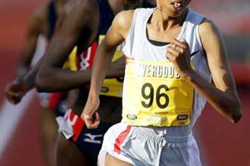 Elvan Abeylegesse leads the 5000m pack (Getty Images)