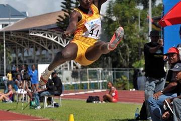 Ghana's Margaret Simpson long jumping in Mauritius at 2009 African Heptathlon champs (Clyde KOA WING)