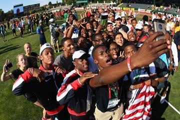 The US team take a selfie at the IAAF World Junior Championships, Oregon 2014 (Getty Images)
