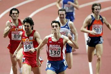 Dmitriy Bogdanov of Russia beats Manual Reina in the 800m - Madrid (Getty Images)