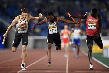 Belgium, Canada and Kenya dip for the line in the mixed relay at the IAAF World Relays Yokohama 2019 (Getty Images)