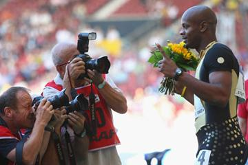 Asafa Powell of Jamaica celebrates winning the World Athletics Final (Getty Images)