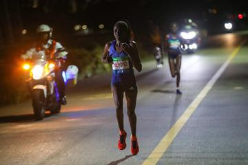 Priscah Cherono on her way to winning the Singapore Marathon (Organisers / Delly Carr)