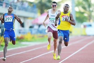 Alex Quinonez wins the 200m at the 2013 South American Championships (Eduardo Biscayart)