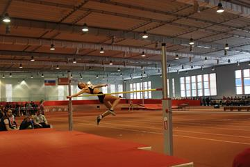 The girls' high jump at the 2015 Russian youth indoor chamiponships in Smolensk (Organisers)