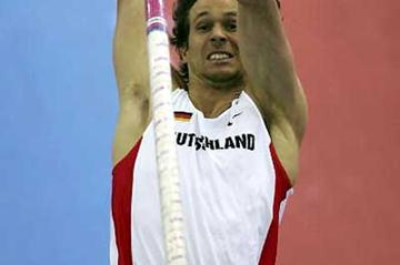 Danny Ecker of Germany wins the Pole Vault with 5.71m in Birmingham (Getty Images)